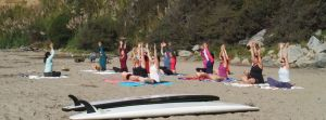fb_beach_yoga