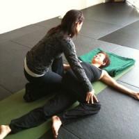 lydia_yoga_twist_sqr